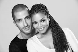 Janet Jackson Receives Over 100 Roses and Orchids From Estranged Husband