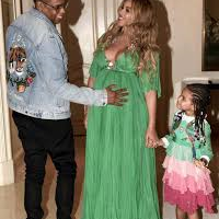 Beyonce, Jay-Z Twins Are Home