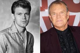 Country's 'Rhinestone Cowboy' Glen Campbell dies at 81