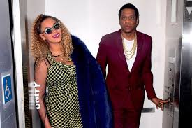 Jay-Z & Beyonce having a good Laugh on his 48th Bday